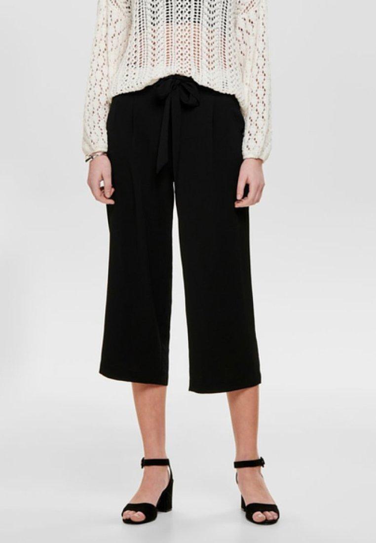 Femme ONLWINNER PALAZZO CULOTTE PANT - Pantalon classique - black