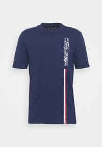 SIGNATURE VERTICAL LOGO TEE - Print T-shirt - yale navy