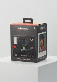 Polaroid - ONESTEP + - Camera - black - 4
