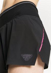 Dynafit - DNA SPLIT SHORTS - Sports shorts - black out - 4