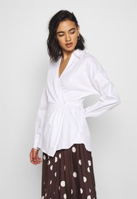 Who What Wear - THE WRAP BLOUSE - Blouse - white - 3