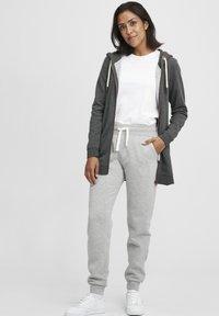 Oxmo - VICKY  - Zip-up hoodie - dar grey m - 1