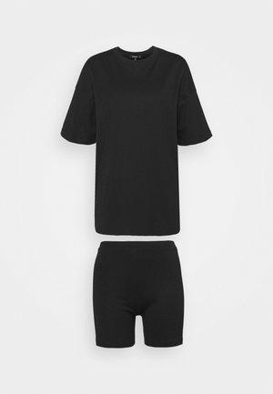 SET - Jednoduché triko - black