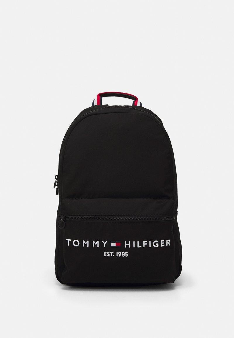 Tommy Hilfiger - ESTABLISHED BACKPACK UNISEX - Tagesrucksack - black