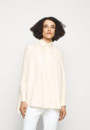 GATHERED TIE NECK BLOUSE - Skjorta - off white