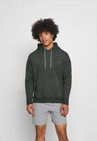 Nike Sportswear - HOODIE - Kapuzenpullover - galactic jade - 0