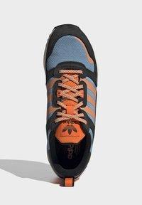 adidas Originals - ZX - Sneakers basse - core black easy orange orange - 1