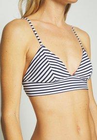 ONLY - ONLHOLLY SET - Bikini - bright white - 5