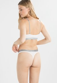 Calvin Klein Underwear - RADIANT THONG - String - white - 2
