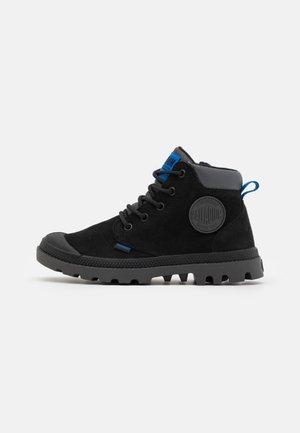 PAMA HI CUFF WP OZ VARSITY - Lace-up ankle boots - black