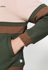 Martin Asbjørn - SAMUEL - Zip-up sweatshirt - multi coloured - 6