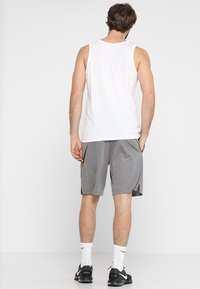 Nike Performance - DRY SHORT - Sports shorts - gunsmoke/black - 2