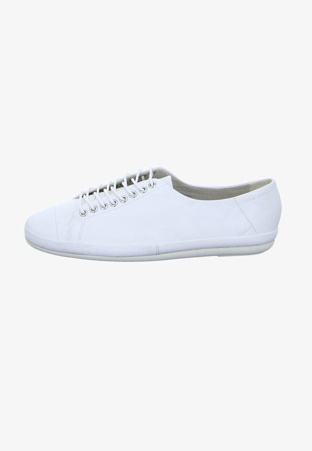 ROSE - Sznurowane obuwie sportowe - white