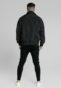 SIKSILK - SIKSILK WINDRUNNER - Summer jacket - black - 2
