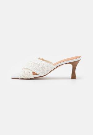 ANA - Heeled mules - white