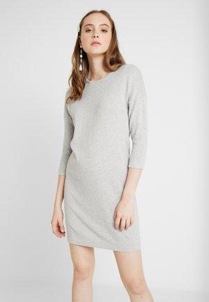 VMMINNIECARE O NECK DRESS - Strikket kjole - light grey melange