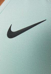Nike Performance - INDY BRA - Soutien-gorge de sport - pistachio frost/black - 6