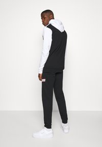 274 - WINDSOR TRACKSUIT SET - Tracksuit - white - 5