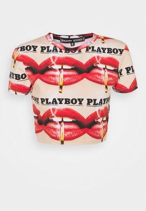PLAYBOY LIPS CROP TEE - Print T-shirt - multi