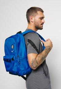 Nike Performance - STADIUM INTER MAILAND UNISEX - Rucksack - blue spark/black/white - 0