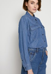 TOM TAILOR DENIM - BARREL MOM VINTAGE MIDDLE BLUE - Relaxed fit jeans - used mid stone blue - 4