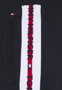 Tommy Hilfiger - NATURE TECH TRACK PANT - Pyjama bottoms - blue - 2