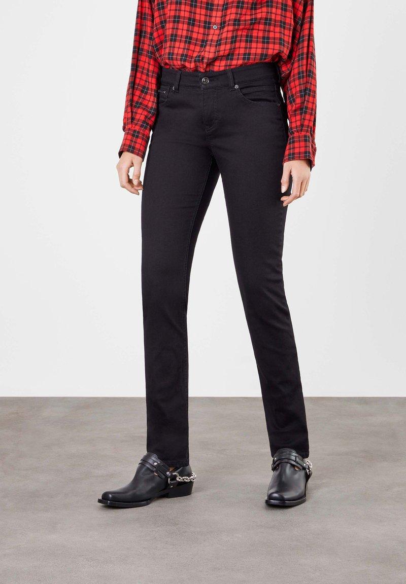 MAC - Slim fit jeans - black