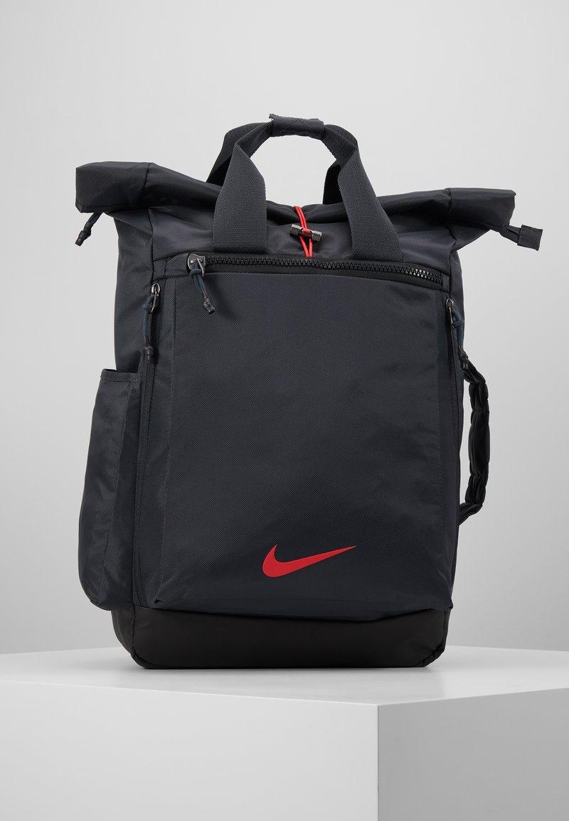 Nike Performance - VAPOR ENRGY - Reppu - smoke grey/black/ track red
