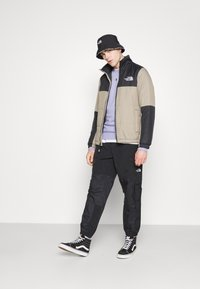 The North Face - STEEP TECH LIGHT PANT - Cargo trousers - black - 4