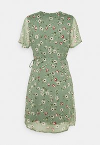 Vero Moda Petite - VMKAY WRAP DRESS - Vestido informal - laurel wreath - 1