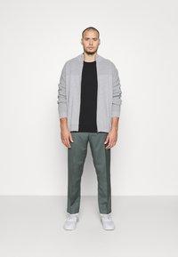 TOM TAILOR MEN PLUS - Cardigan - grey heather - 1