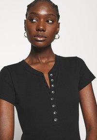 Abercrombie & Fitch - HENLEY  - Print T-shirt - black - 3