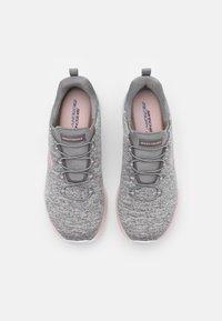 Skechers Sport - DYNAMIGHT - Sneakers laag - gray/light pink - 5