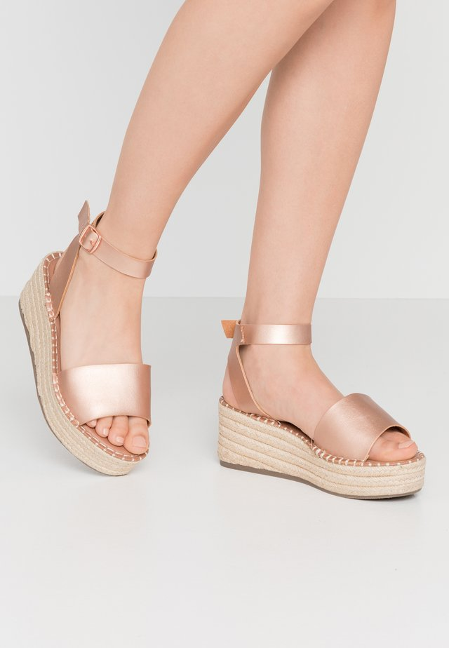 WIDE FIT POPPINS - Espadrilles - rose gold