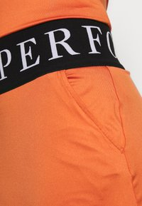 Peak Performance - TURF - Sportovní sukně - clay red - 3