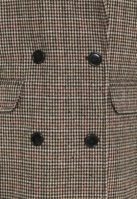 Missguided - HERITAGE CHECK - Klasický kabát - brown - 2