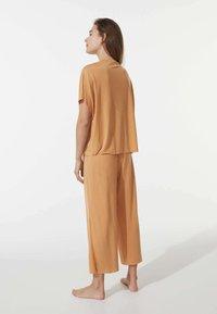 OYSHO - Pyjama bottoms - yellow - 2