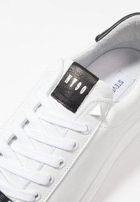 Steve Madden - ALEX - Sneakers laag - white - 5