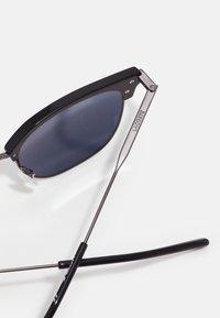 Lacoste - Sunglasses - dark grey - 4