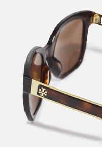 Tory Burch - Sunglasses - dark tortoise - 3