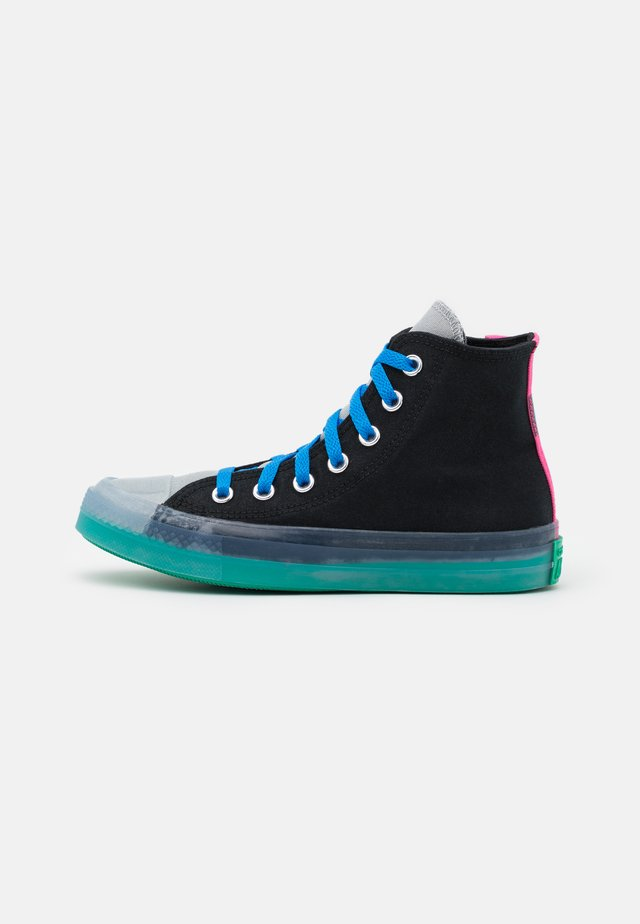 CHUCK TAYLOR ALL STAR PULL TAB UNISEX - High-top trainers - black/court green/hyper pink