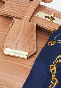 Glamorous - Handbag - mink - 3