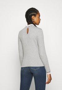 ONLY - ONLPEARL HIGHNECK - Jumper - light grey melange/white - 2