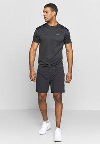 Endurance - MELANGE TEE - Camiseta básica - black - 1