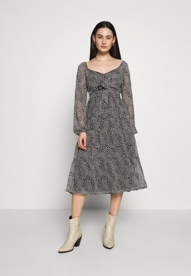 LONG SLEEVE TIE FRONT TIERED DRESS - Day dress - black