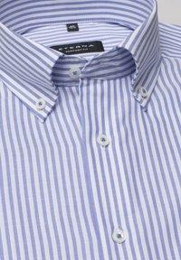 Eterna - COMFORT FIT - Shirt - helllblau/weiss - 5