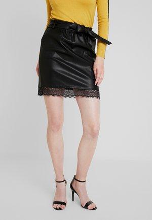 LADIES SKIRT - Pouzdrová sukně - black