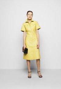 Proenza Schouler White Label - DRESS - Paitamekko - citron - 1