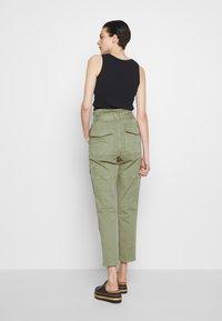 Frame Denim - SAFARI WIDE LEG TROUSER - Pantalon classique - waod - 2