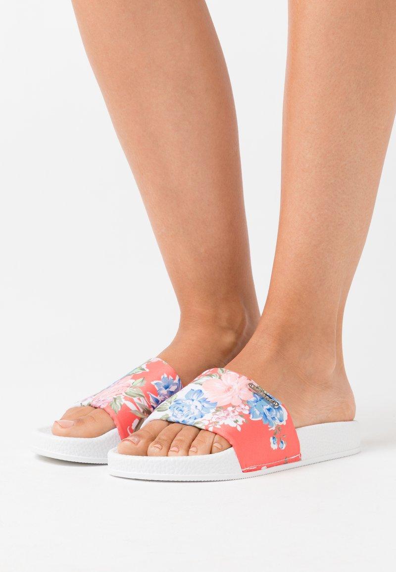Kaporal - TACOTA - Pantofle - blanc
